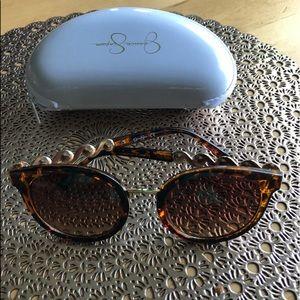 Jessica Simpson Sun Glasses!